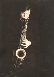 Premier saxophone, acheté aux puces